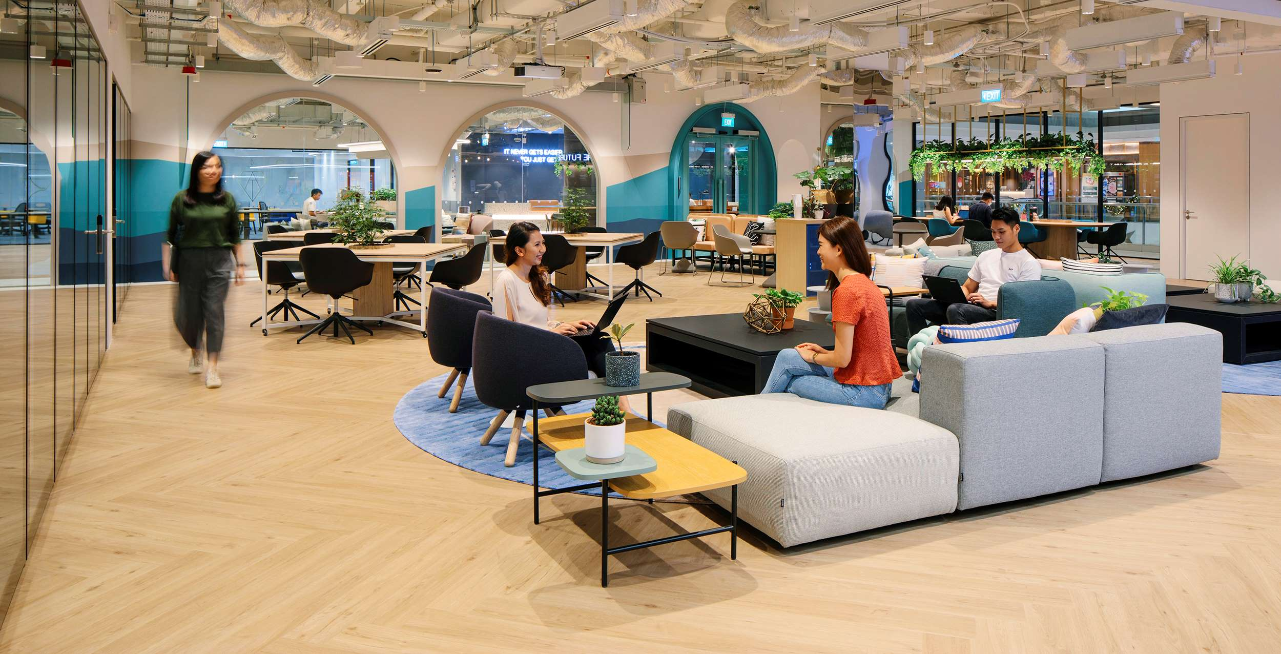 JustCo's on-demand workspace area, Switch, at The Centrepoint in Singapore. / Photo credit: JustCo